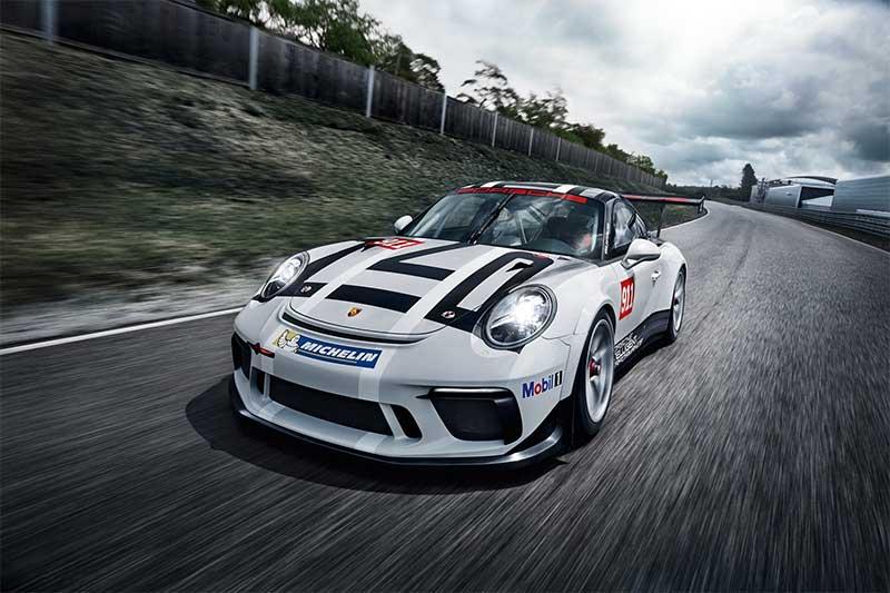 Nieuwe 911 GT3 Cup: moderner en efficiënter