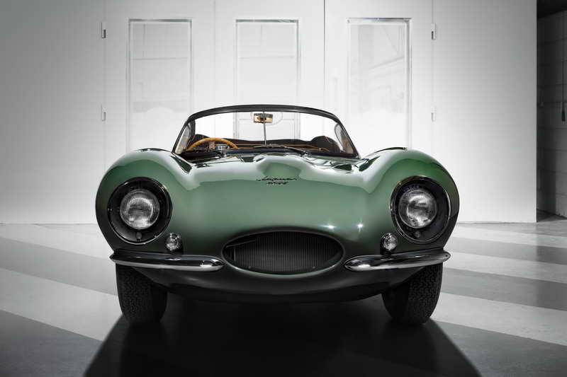 Jaguar Presenteert 'New Original' Xkss In Los Angeles