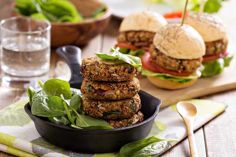 Voedingstrends 2017. Minder vlees, meer plantaardige eiwitten