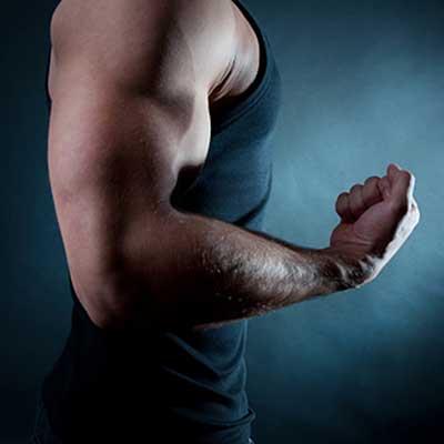 Biceps trainen.