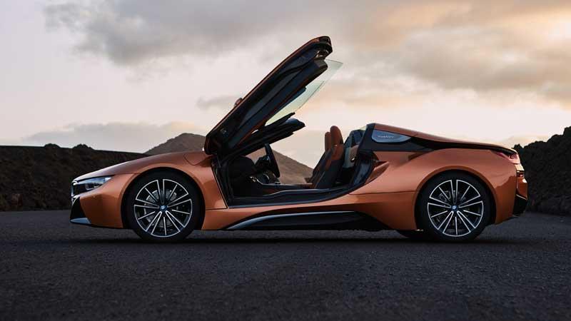 De nieuwe BMW i8 Roadster en nieuwe BMW i8 Coupé