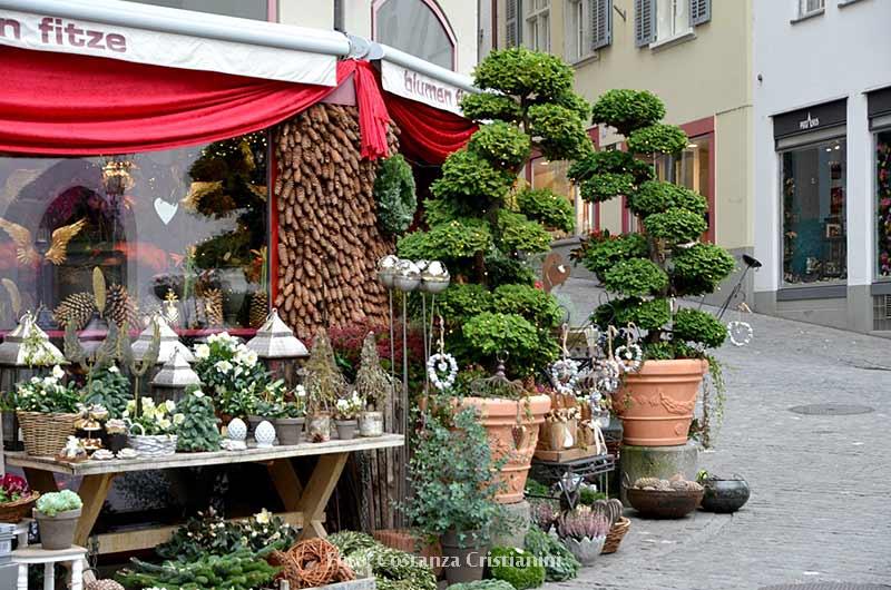 Kerstmarkten Zürich. Romantisch Kerst shoppen