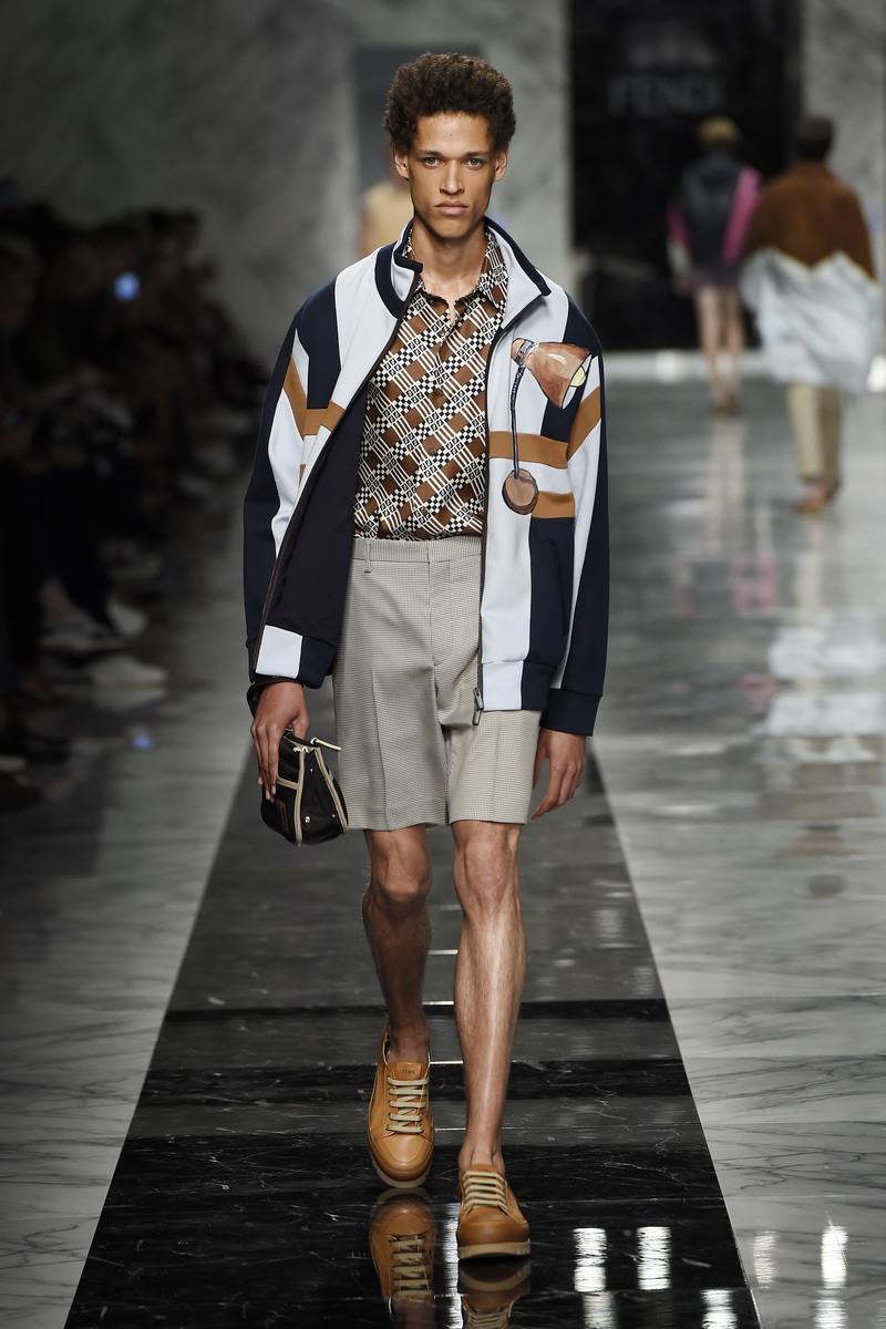 Mode trends zomer 2018. Fendi lente zomer 2018. Photo: courtesy of Fendi