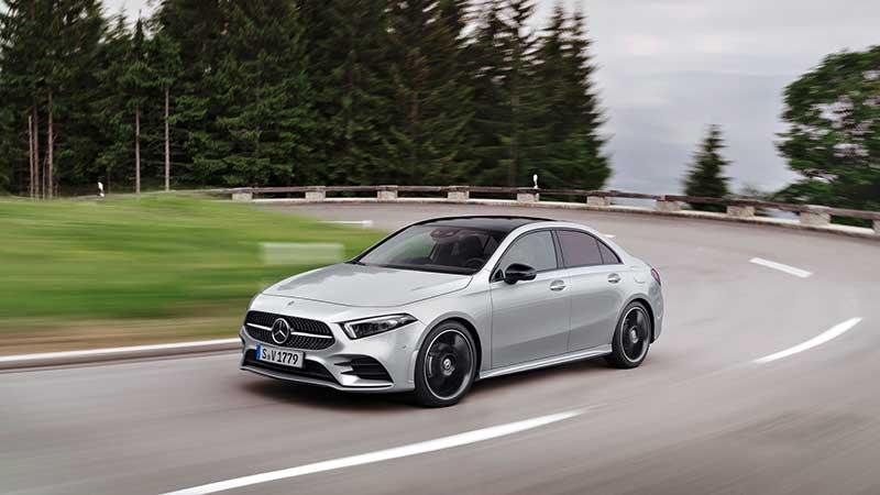 De nieuwe A-Klasse Limousine: compacte variant in de premium limousinereeks van Mercedes-Benz