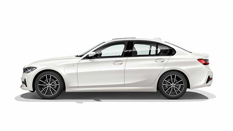 Nieuwe BMW 330e Sedan sportiever en efficiënter dan ooit