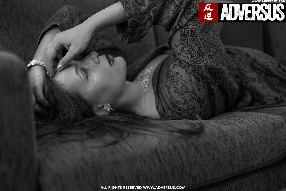 Katrina Grey - ADVERSUS Cover Model - Foto Alessio Cristianini