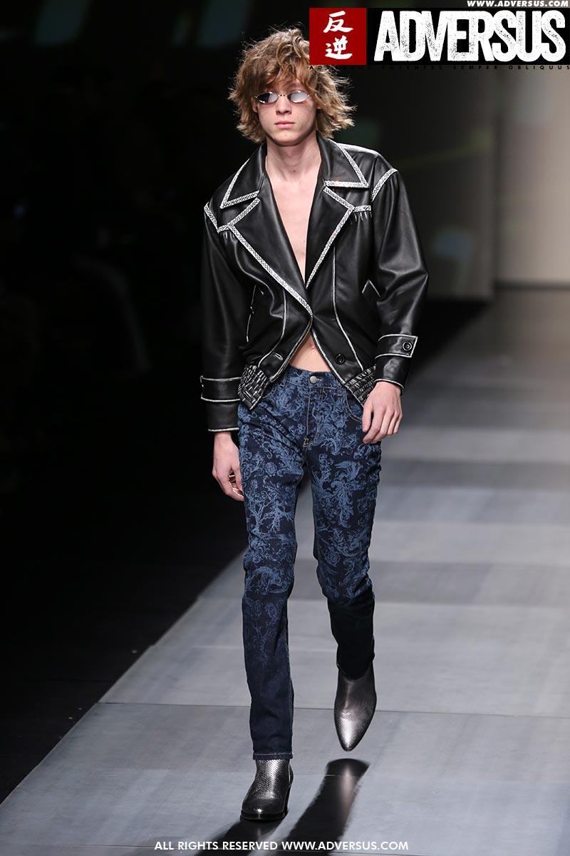 Wintermode man 2020. Spijkerbroeken trends