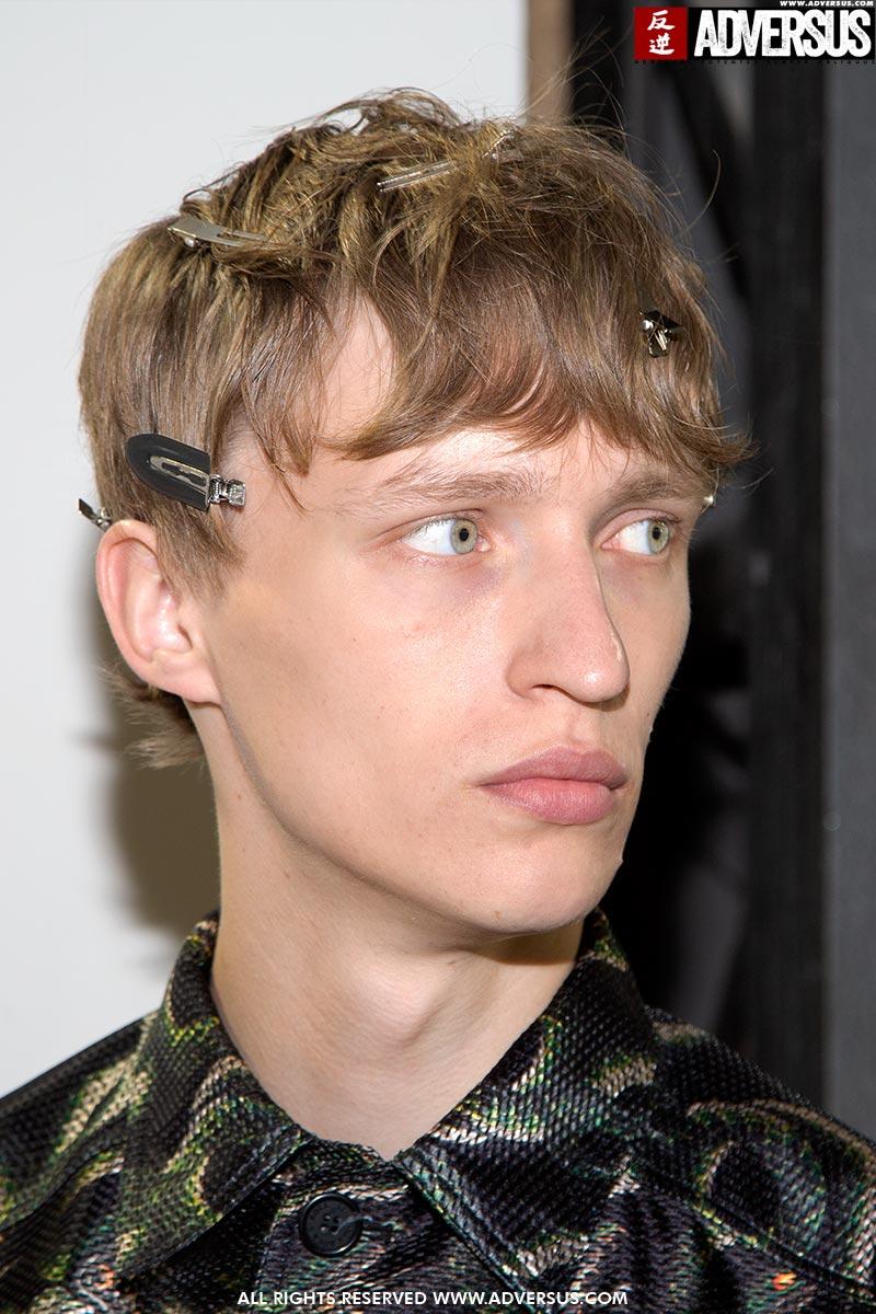 Kapsel trends heren lente zomer 2020. Jaren '80 hairstyling