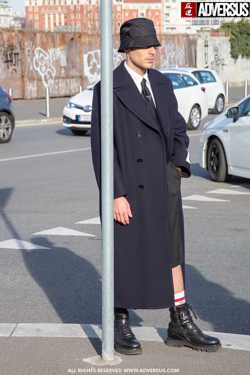 Streetstyle mode man voorjaar 2020. Drie heren, drie moods. Modetrends man lente zomer 2020