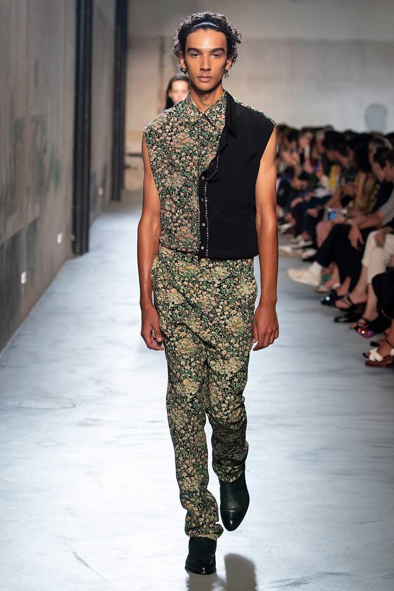 Modetrends lente zomer 2020. Bloemenprints voor hem