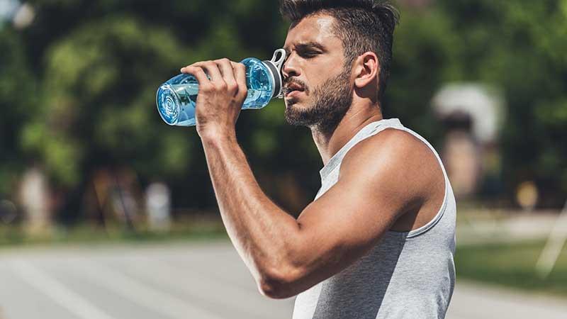 Wil je afvallen? Drink veel water!